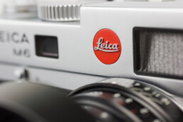 Close up of the red dot on a Leica M6